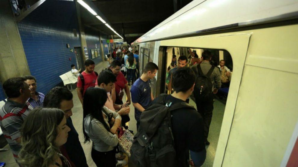 VÍDEO: explosão em vagão do metrô em Águas Claras para todas estações do DF
